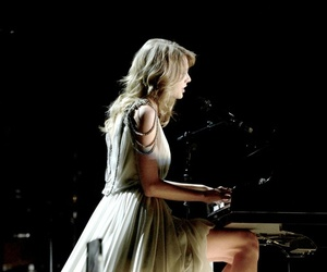 Taylor Swift, all too well, and grammys image