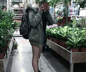 aesthetic, fishnet, and flowers image