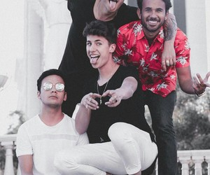 mario ruiz, juanpa zurita, and werevertumorro image