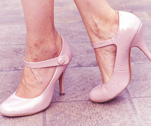 heels, lovely, and pumps image