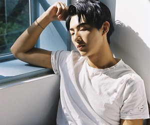 kim ji soo, korean, and actor image