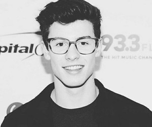 black and white, smile, and shawn mendes image