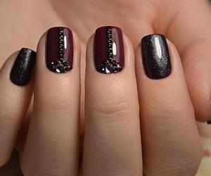black, fashion, and manicure image