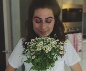 flowers, dodie clark, and doddleoddle image