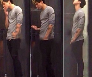 calum hood, 5sos, and Hot image