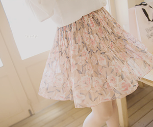 fashion, floral, and pretty image