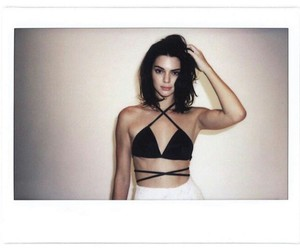 model and kendall jenner image