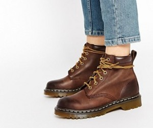 chaussure and dr martens image