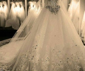dress, haute couture, and diamant image