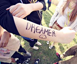 Dream and essisi image