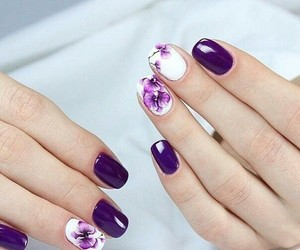 nails, purple, and wite image