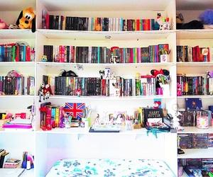 books, cute room, and estante image