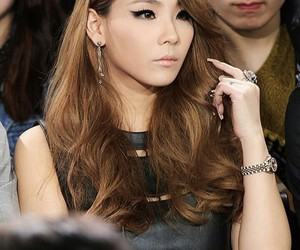 2ne1, kpop, and makeup image