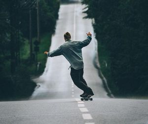 girl, skatebord, and style image