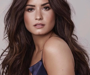 beauty, demi, and just be yourself image