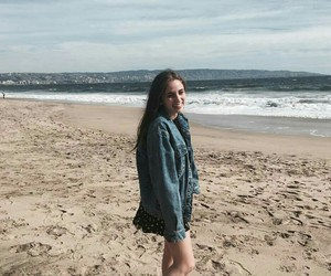 beach, brunette, and Felicity image