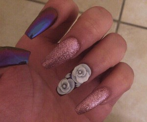 colour, nails, and girls image