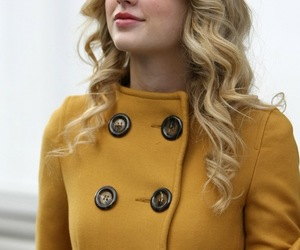 Taylor Swift, yellow, and theme image