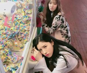 k-pop, roa, and siyeon image