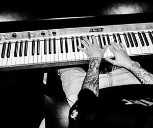 justin bieber, boy, and piano image