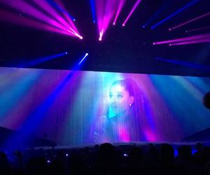 hq, performing, and ariana grande image