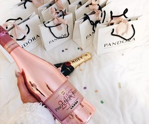 pandora and moet image