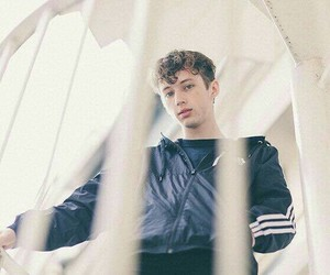 troye sivan and troye image