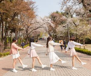 look, summer, and ulzzang image
