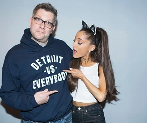 fan and ariana grande image