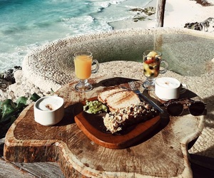 summer and breakfast image