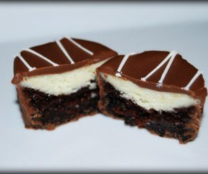 brownies, cheesecake, and desserts image