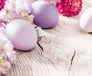 colors, family time, and easter <3 image