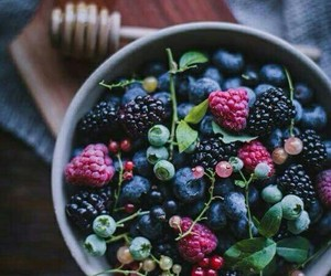fruit, blue berry, and black berry image