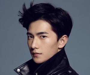 asian boy, yang yang, and chinese man image