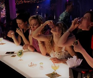 bar, tv series, and Carrie Bradshaw image