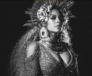 beyoncé, queen b, and grammy awards image