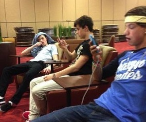 taylor caniff, shawn mendes, and nash grier image