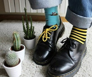 bee, black, and dr martens image
