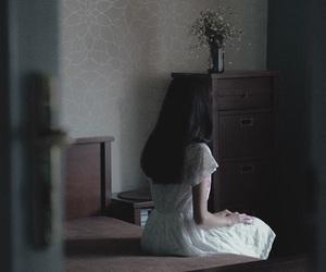 dark, girl, and aesthetic image