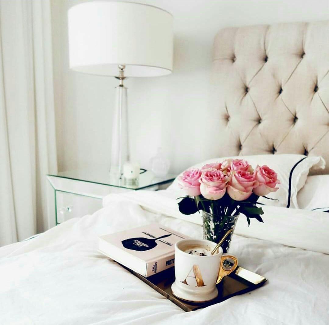 bedroom, flowers, and breakfast image