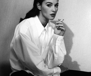 beauty, curvy, and monica bellucci image
