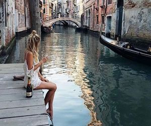 girl, italy, and holidays image