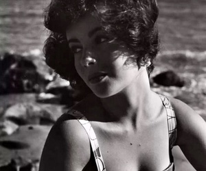 actress, Elizabeth Taylor, and hollywood image