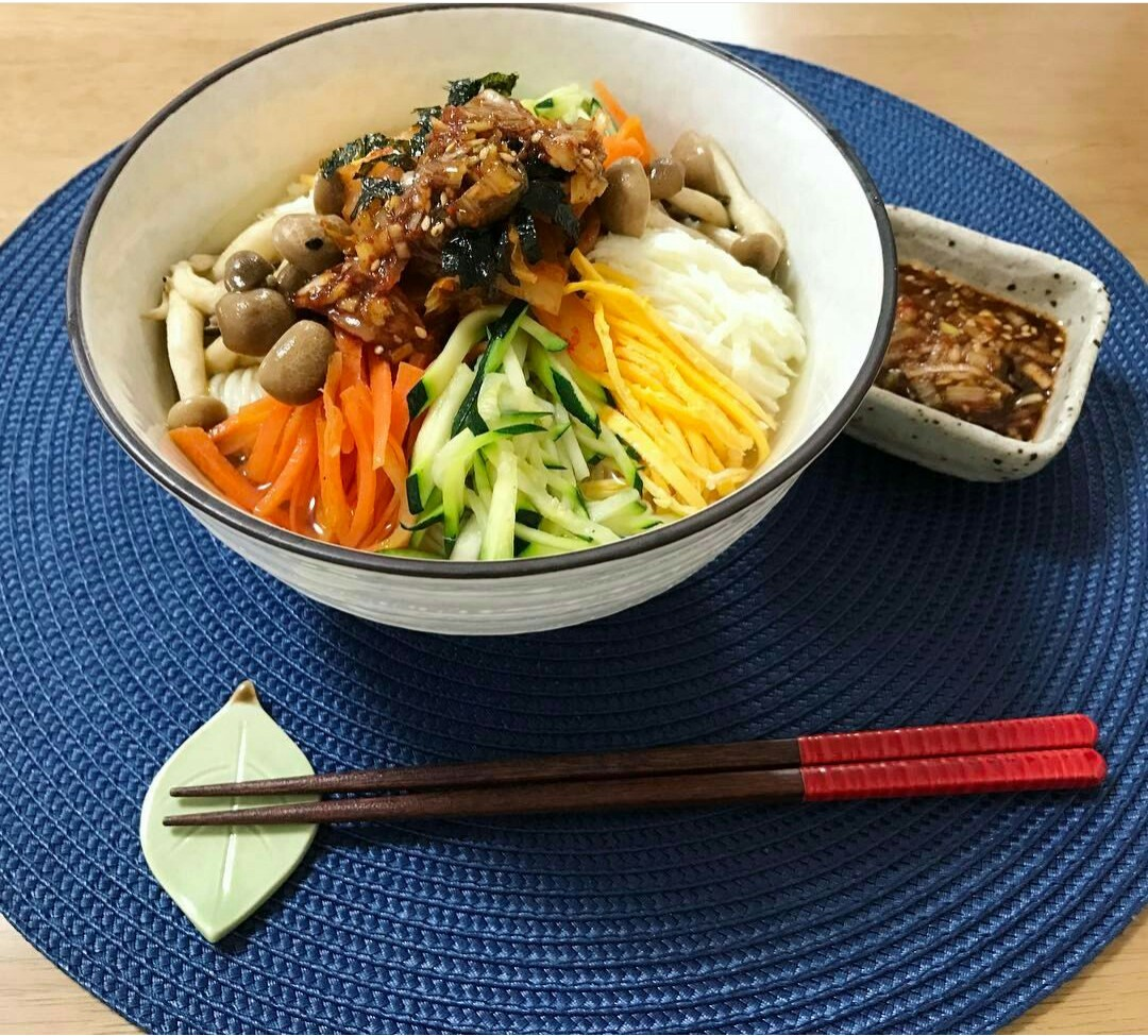 food, asian food, and noodles image