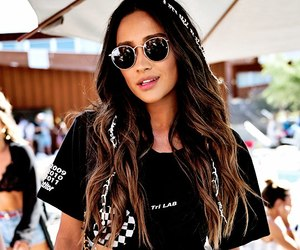 shay mitchell and coachella image