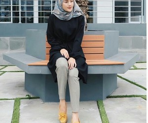 casual, fashion, and hijab image