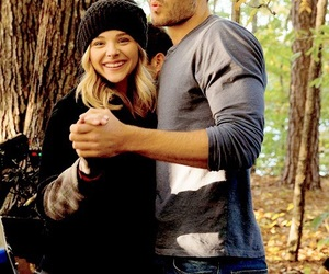 the 5th wave, cassie sullivan, and evan walker image