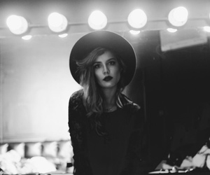 halsey, black and white, and singer image