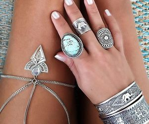 amigas, fashion, and anillos image