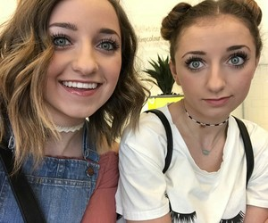 girls, brooklyn and bailey, and youtubers image